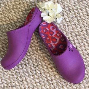 CROCS Purple Clogs NWOT